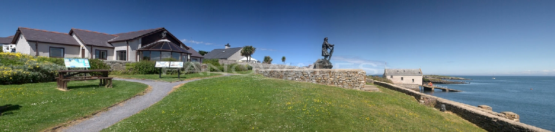 Moelfre Sea Watch, Dic Evans Memorial and Lifeboat Station, Anglesey