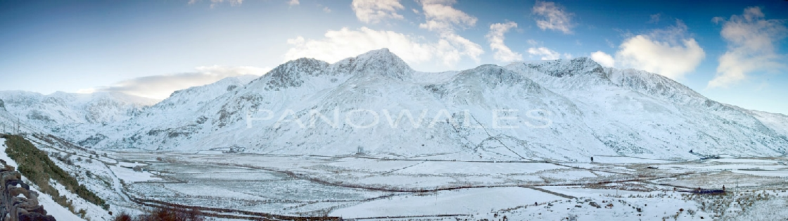Nant Ffrancon and the Ogwen Valley in the snow